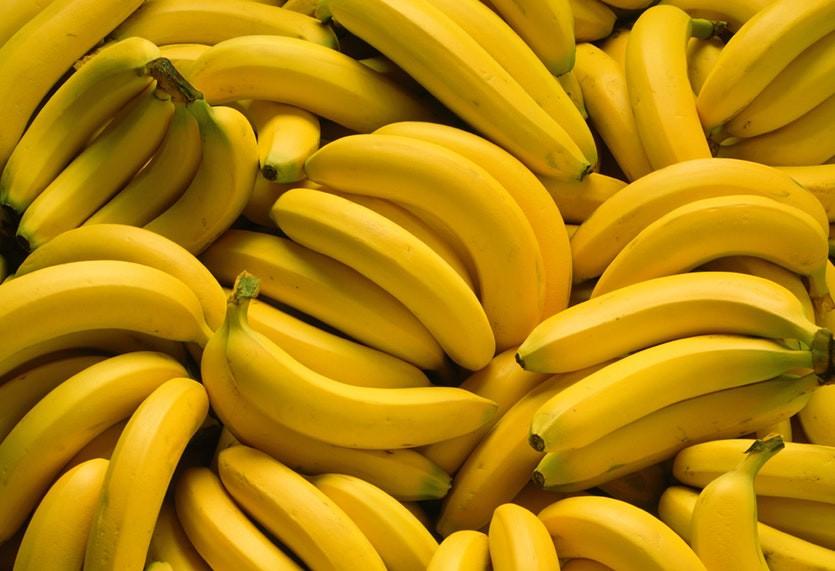 Chuối là loại trái cây bạn có thể ăn sau khi bị ngộ độc thực phẩm để cung cấp kali cho cơ thể. Ảnh: imgix.
